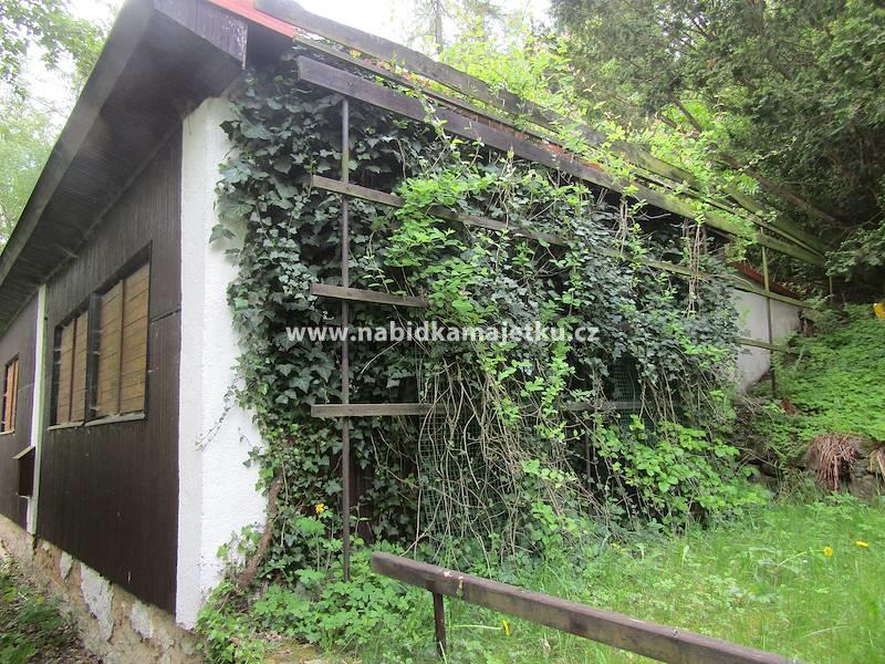 Letovice - budova č. e. 14 včetně movitých věcí v