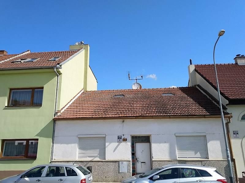 Brno Líšeň, stavba RD č.p. 1798/11 na parcele č. 3