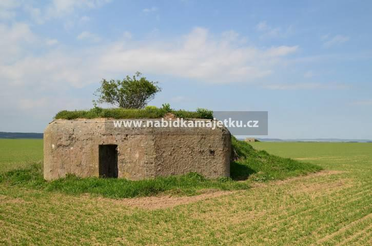 """77210919 (VS): Opava - bunkr (""""řopík"""") SLO VEČ"""